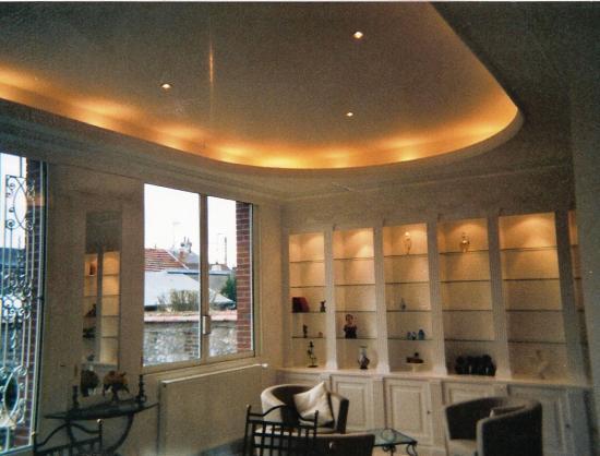 plafond et corniche